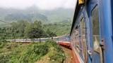 Đường sắt tạm dừng đón, trả khách tàu Bắc-Nam tại nhiều ga