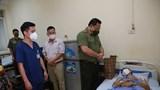 Giám đốc Công an Hà Nội thăm hỏi chiến sỹ bị thương khi làm nhiệm vụ tại chốt phòng, chống dịch