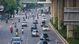 Đường phố Hà Nội vẫn đông đúc sau gần 3 tuần giãn cách xã hội
