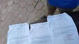 Hà Nội: Phát hiện nam thanh niên cùng lúc sử dụng 3 giấy đi đường
