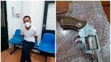 Hà Nội: Không đội MBH, CSGT kiểm tra phát hiện người đàn ông tàng trữ súng