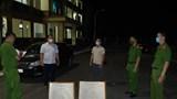 Làm giả giấy đi đường để qua chốt kiểm dịch, hai đối tượng bị bắt giữ