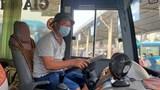 Tài xế xe khách xoay sở đủ đường trước khó khăn do dịch bệnh
