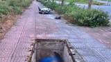 Thi thể người đàn ông nằm gọn dưới hố cáp viễn thông không có nắp