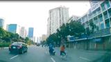 Va chạm với xe đạp, người đàn ông ngã văng hàng chục mét