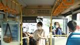 Nhiều chuyến xe buýt chỉ có một hành khách trong ngày đầu thực hiện Công điện khẩn