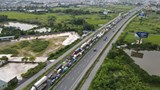 Hà Nội: Lái xe tải bất ngờ đổi lộ trình, CSGT kiến nghị mở thêm luồng xanh