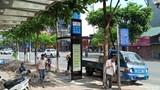 Hà Nội: Thí điểm biển báo điểm dừng xe buýt theo mẫu mới
