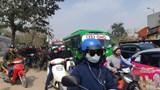 Đường phố Hà Nội vẫn ùn tắc nghiêm trọng ngày đầu nghỉ Tết Nguyên đán
