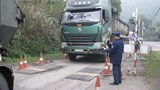 Siết chặt kiểm soát tải trọng xe trên toàn quốc