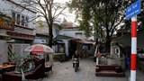 """[Ảnh] Phố nghĩa địa """"độc nhất vô nhị"""" tại Hà Nội"""