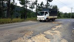 Nhắc nhở chủ đầu tư dự án sửa chữa Quốc lộ 20 đoạn qua đèo Mimosa