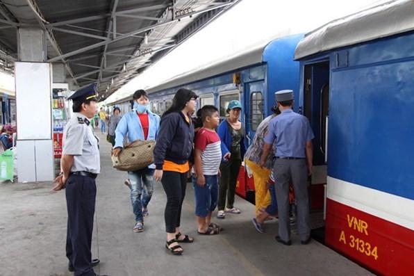 """Đường sắt Sài Gòn tung """"4.600 vé tàu giảm giá 50%"""""""