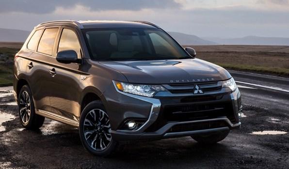Giá xe ôtô hôm nay 27/6: Mitsubishi Outlander ưu đãi 51 triệu đồng