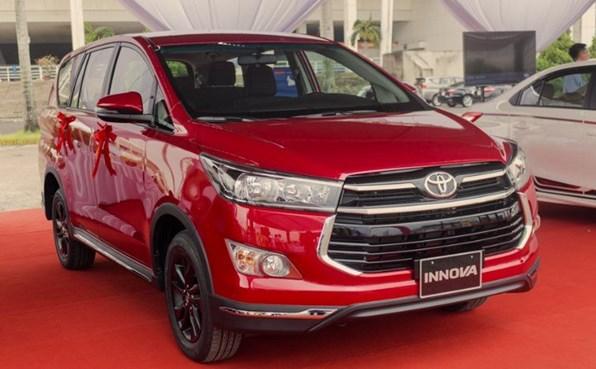 Giá xe ôtô hôm nay 19/8: Toyota Innova ưu đãi 40 triệu đồng