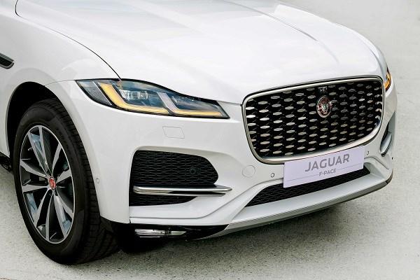 Cặp đôi Jaguar XF và Jaguar F-Pace sắp ra mắt chính thức tại Việt Nam