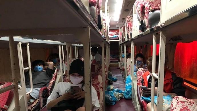 """Hà Nội: Phạt gần 30 triệu đồng nhà xe vận chuyển khách """"chui"""""""