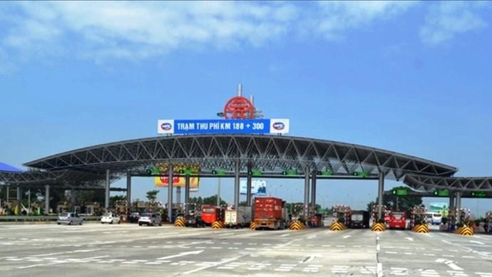 Tất cả các trạm thu phí trên địa bàn Hà Nội đã dừng thu phí