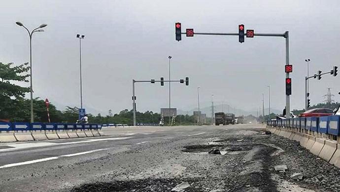 Yêu cầu VEC khẩn trương sửa chữa hư hỏng cao tốc Đà Nẵng – Quảng Ngãi