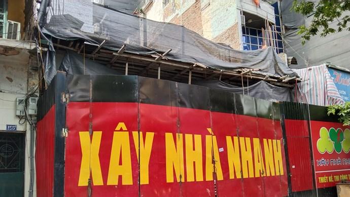 Hà Nội: Lở tường khiến cháu bé hơn 1 tuổi nhập viện cấp cứu