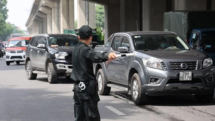 141 Hà Nội phát hiện thanh niên dùng giấy đi đường khống chở người về Sơn La