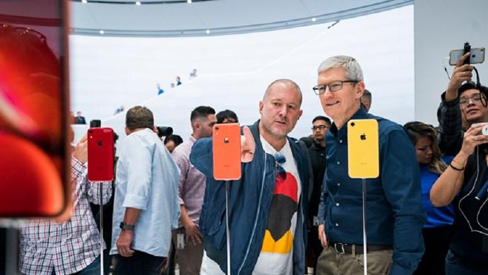 Jony Ive, cựu thiết kế của Apple hợp tác với Ferrari cho các dự án xe ô tô
