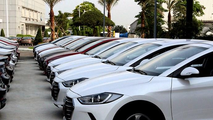 Các nhà nhập khẩu ô tô mong muốn được giảm lệ phí trước bạ